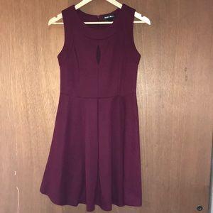 Caroline Morgan Maroon Party Dress Size Small
